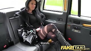 Homemade,POV,Reality,Amateur,Car Sex,Cumshot,Doggystyle,Fake,Hardcore