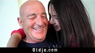 Mature,Old and young,Teen,Wife,Babe,Blowjob,Brunette,Close-up,Cumshot,Doggystyle